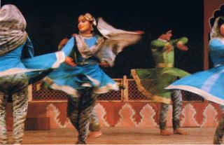 Shan-e-Mughal」カタック・ケンドラによるダンスドラマ、アクバル皇帝の宮殿でのカタック・ダンス